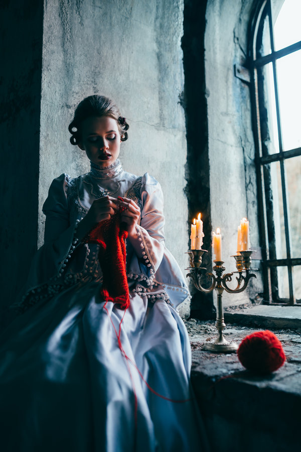 woman_in_victorian_dress_imprisoned_in_a_dungeon_by_black_bl00d-das2t48