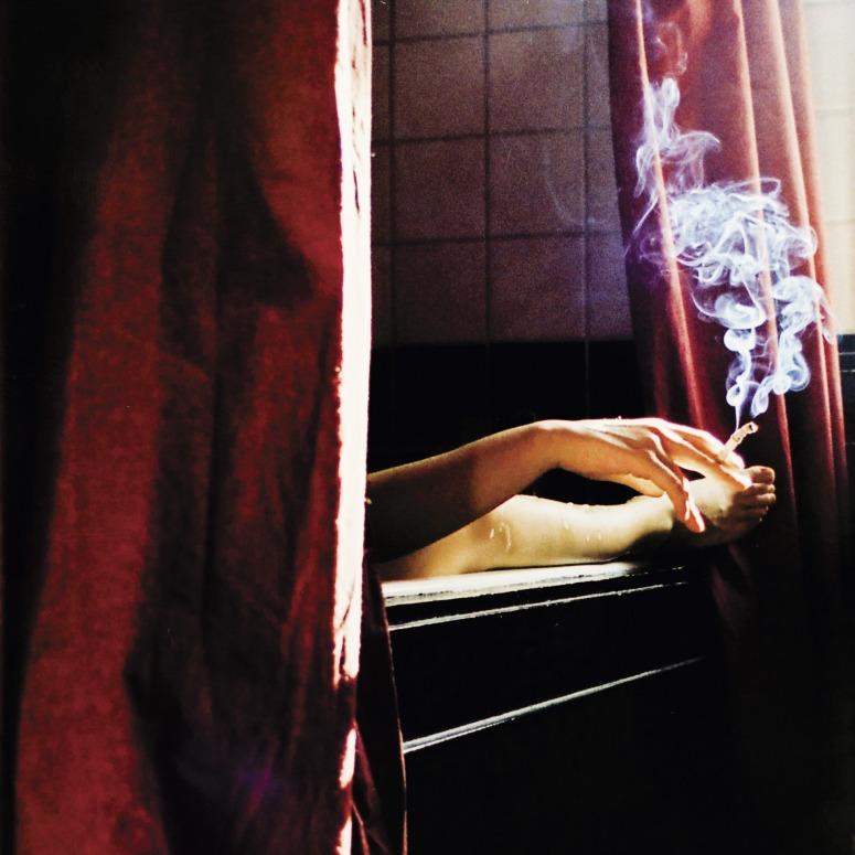 smoking-801890_1920